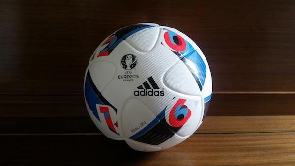 Beau Jeu : Ballon officiel Euro 2016